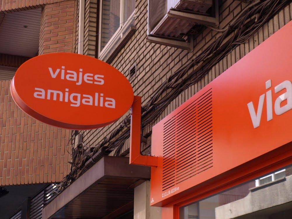 Rótulos luminosos para locales comerciales en Albacete