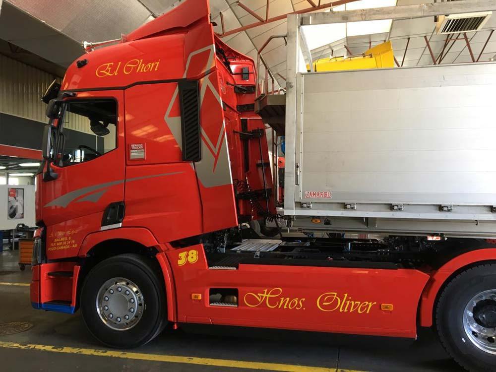 Ejemplo de rotulación para camiones